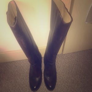 Frye tall boots-Dark Brown-Size 9
